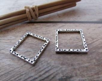 4 connecteur carré fermé 18 x 18 mm  pendentif en métal argenté   - 542.22