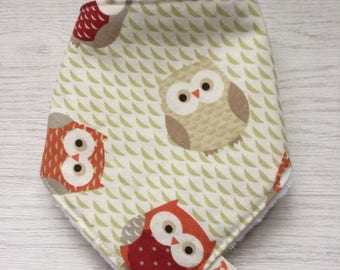Bamboo baby bib, Baby bandana bib, Baby drool bib, owl baby bib, hand made, uk
