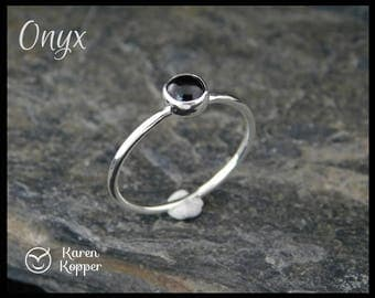 Black onyx skinny ring, 5mm gemstone, sterling silver 0.925, 1.2 mm wide ring, made at your size. Skinny ring, thin ring, stacking ring.