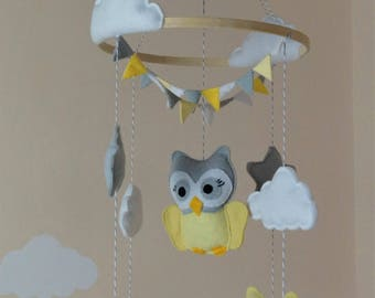 Gender neutral Owls baby mobile with bunting Yellow grey