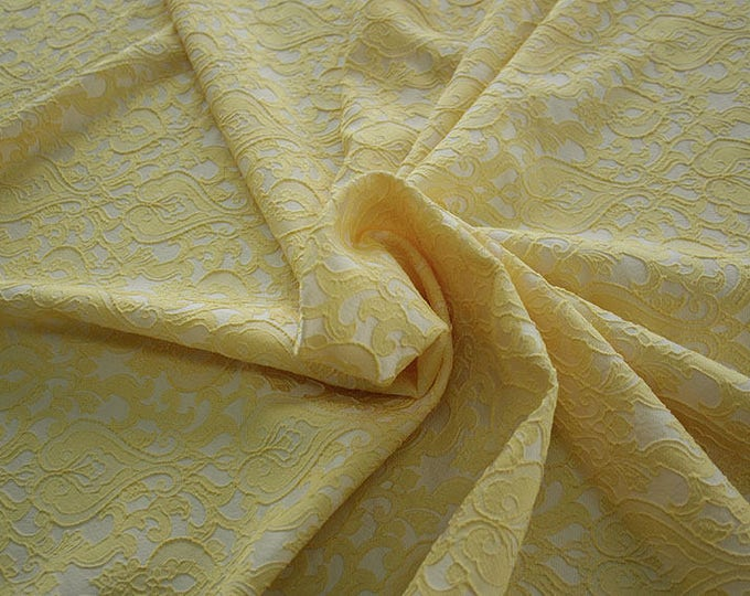 990071-070 Brocade-95% PL, 5% PA, width 130 cm, made in Italy, dry cleaning, weight 205 gr