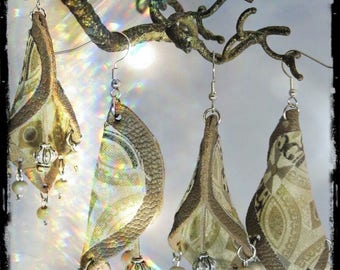 Earrings - CHAMPAGNE - grey leather / grey green - fabric predominantly beige, Brown, champagne and wood beads and metal