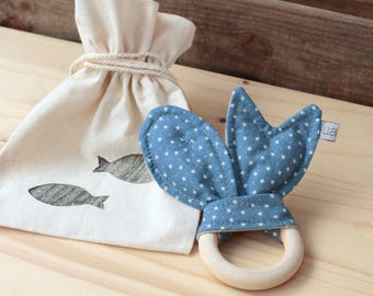 "Natural Wood Teether | ""Peixets"" Blue"