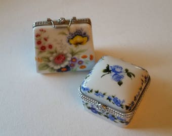 2 porcelain trinket boxes, no markings