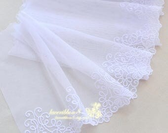 "True White Lace Trim, White Floral Embroidery Lace For Wedding Bridel, Scallop Edges 7.8""/ 20cm Width - Lace Two Yards"
