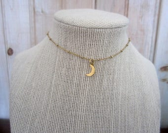Dainty Moon Choker    Gold Moon Necklace    Moon Choker    Crescent Choker    Simple Gold Necklace    Gold Layer Necklace