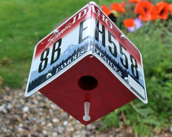"Idaho ""Famous Potatoes"" License Plate Birdhouse"