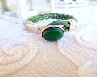 EXPRESS SHIPPING,White Braided Green Leather Bracelet,Green Agate Stone Bracelet,Cuff Bracelet,Gifts for Girlfriend,Christmas Gifts