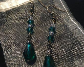 Emerald color dangle earrings