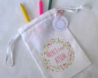 Fabric bag thanks to my home, wreath, pink writing + label