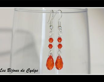 Earrings and its drop red provided its tops