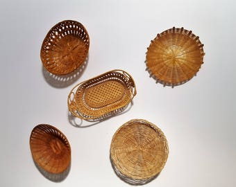 Basket collection of 5