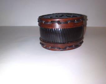 Iguana leather and natural leather bracelet