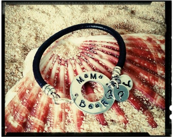 Mama Bear -Stamped Aluminum & Leather Bracelet - Washer Charm//Initial Charms//Chocolate Leather Band - Mom Jewelry/Mother Gift Idea