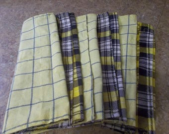 Country yellow re-usable paper towels set of 6. Cotton on one side flannel on the other. ECO friendly towels black yellow and blue