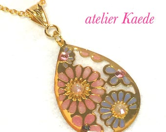 "Necklace ""antique flower - pale pink and blue"""