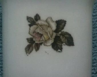 ROYAL WORCESTER Fine Bone China Pin Vase Vintage Rose Pattern
