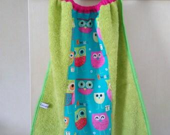 Towel girl owls tones green elastic