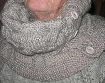 SNOOD gray large collar