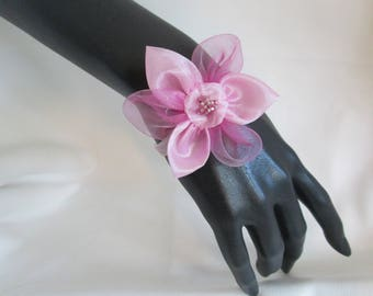 Bracelet with an organza flower and a Pearl heart on an organza Ribbon