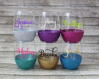 Set of 6 Glittered Wine Glasses - Bridesmaid Glasses - Girls Weekend Wine Glasses - Personalized Wine Glasses - Bachelorette Glasses