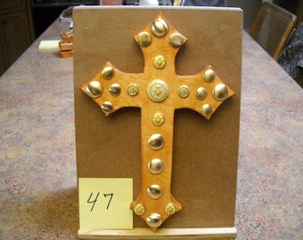 Wooden Cross with Vintage Buttons, Item # 47