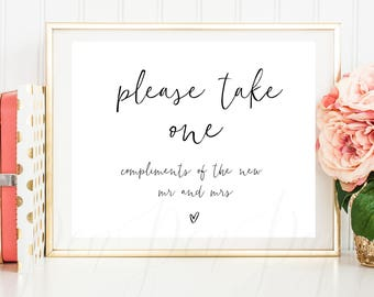 Please take one, wedding favour sign, wedding favor sign, printable, isntant download, Compliments of the new mr and mrs, pphw04