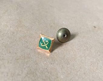 Gold Tone Tie Tack Pin Green Enameled