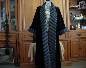 Hudson's Woodward Shops Detroit Woman's Reversible Coat