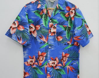 HAWAII KAI Shirt Vintage Hawaii Kai Aloha Theme All Over Print Made In USA 100% Cotton Button Down Hawaiian Shirt Size M