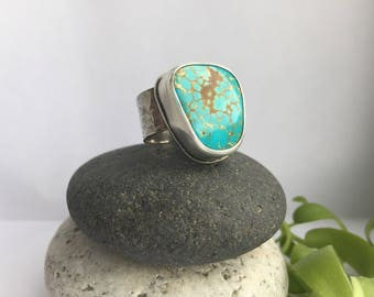 Rustic #8 Turquoise Ring // hammered shank // FOLLOW YOUR BLISS