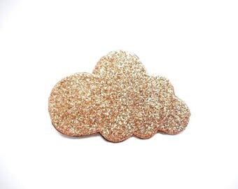 "This brooch ""glittery gold"""