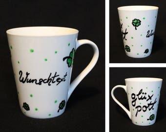 "Mug ""Glüxpott wish text""-Mug hand painted-dishwasher safe-lucky charm-green dotted-cloverleaf-moin-Coffee Mug"