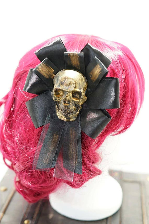Gothic skull gold & black bow hairpin brooch / gold with black loop resin skull hair clip and brooch
