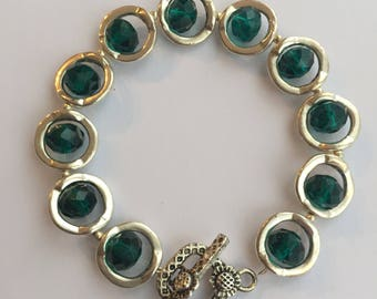 Forest Green and Silver coloured clasp bracelet