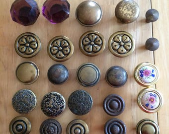 Mixed Set of 25 Knobs, vintage used knobs, cabinet knobs, upcycle material, upcycle supply, repurpose material