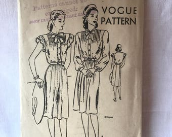 Vintage 1940s Vogue Paris Dress Pattern No; 5394 Unused Rare Sewing 40s Costume Pattern