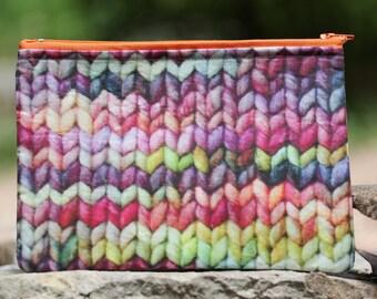 Knit Print Flat Pouch