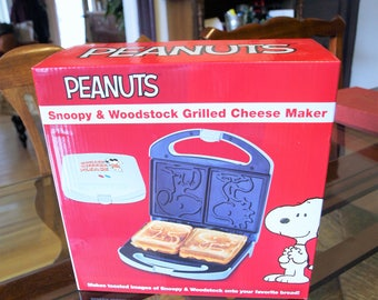 Peanuts Snoopy Woodstock Grilled Cheese Sandwich Maker Countertop Kitchen Cooker