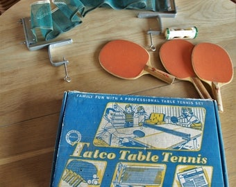 Vintage Tatco Table Tennis Set / Ping Pong – comes with Net, Balls and Paddles