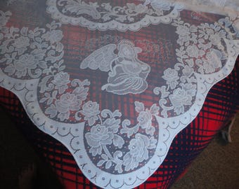 UNUSED Christmas motif Lace Tablecloth 84x60