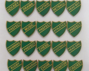SCHOOL BADGES. GREEN House A collection of 20 X Retro looking badges