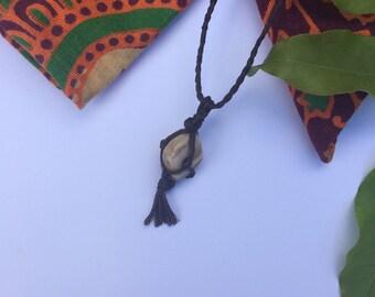 Stone/Crystal Macrame Necklace