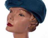 Stunning Vintage 1960s Blue Hat
