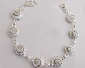 Bracelet 925/1000 sterling silver embellished with round Shiva eye