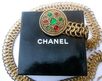 CHANEL Exquisite Poured Glass Gilt Metal Link Belt in Chanel Box c 1980s