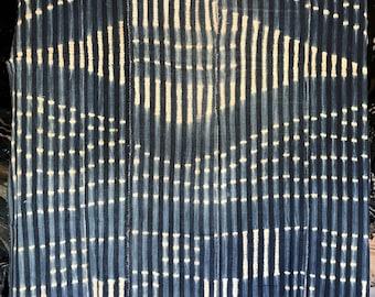 Vintage indigo geometric
