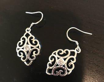 Silver drop earrings with zircon