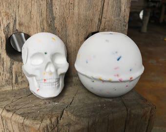 Birthday Cake Skull Bath Bomb - Bath Fizzy - Bath - Skull - Hand Made - TayTaysSoap