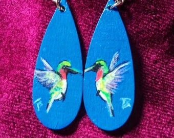 80's Original Signed Hand Painted Hummingbird Art Wood Teardrop Dangle Earrings